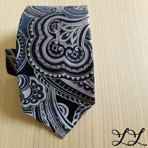 Yorktown Tie Purple Blue White Paisley Silk Bold
